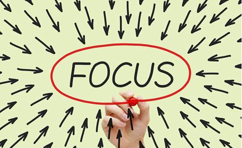 نحوه focus کردن بر روی یک المنت فرم با Javascript
